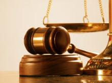 Mazo de juzgado que representa a la justicia